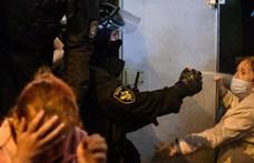 Ismét több mint százezren tüntettek Fehéroroszországban