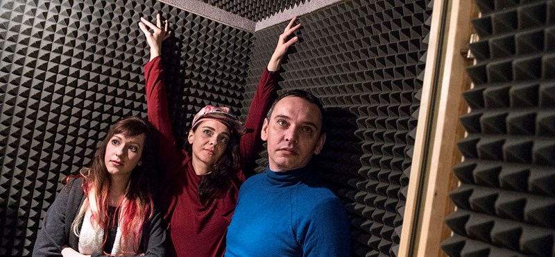 A hálószobából egyenesen az űrbe – hiánypótló zenei projekt debütál ismert magyar zenészekkel