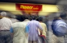 A Pennynél lehet 400 órát túlórázni