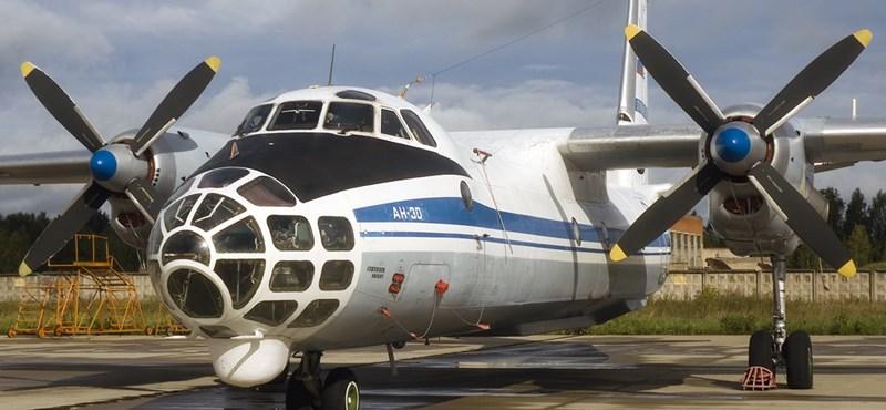 Orosz felségjelű repülők cirkálnak Magyarország felett