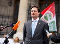 A Jobbik is végrehajtást indít a Pesti Srácok ellen
