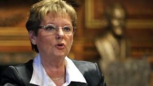 Hoffmann Rózsa: a miniszter fogja kinevezni az iskolaigazgatókat