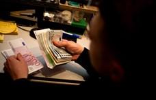 Tavaly június óta most először kerül 320 forintnál kevesebbe egy euró