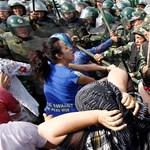 A magyar kormánynak nincs véleménye arról, hogy Kínában átnevelő táborokba zárják az ujgur kisebbséget