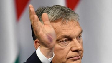 Szerdán dönt Orbán a kijárási korlátozásról, félmilliós támogatást kapnak az egészségügyi dolgozók
