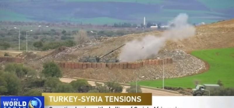 Megindultak a török kommandósok és a tankok is a kurdok ellen