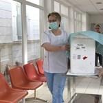 A kanyaró miatt minden egészségügyi dolgozót megvizsgálnának