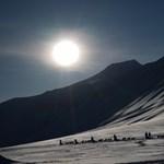 A sarkvidékig is menekülnek, Norvégia lépésre szánta el magát