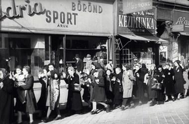 """""""A kiürítés a legnagyobb rendben és udvarias légkörben folyik"""" – új források a hazai zsidóüldözésről"""