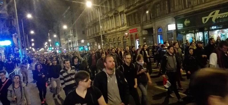 A rendőrség szerint véget értek a demonstrációk