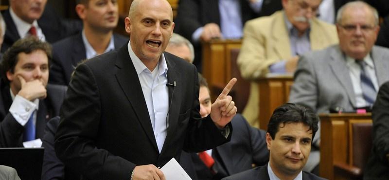 Egy jelentkező van csak az MSZP elnöki posztjára