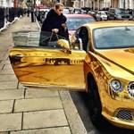 Az orosz milliárdoscsemeték ilyen luxusautókban múlatják az időt
