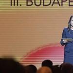 Novák: Szó sincs arról, hogy a Fideszt csak úgy ki lehet tenni a Néppártból