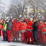 Az Audi független közvetítőt hívna a tárgyalóasztalhoz Győrben