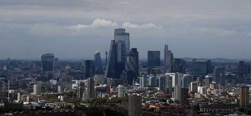 A szabadkereskedelmi megállapodás nélkül négy évig tarthat a brit gazdaság talpra állása