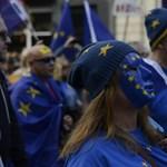 Tízezrek tüntettek Londonban a Brexit ellen
