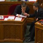 Orbán Viktor Horn Gyulának is írt karácsonyi lapot