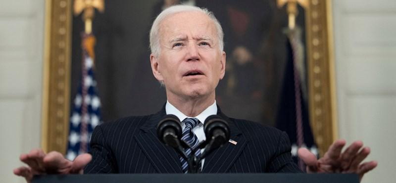 Biden jobban áll az első száz nap után, mint ahogy Trump állt