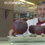 Csokiból készült koronavírust árul egy francia cukrász