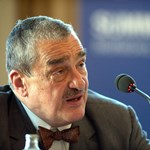 Élesen elhatárolódtak a Benes-dekrétumokat elítélő cseh államfőjelölttől