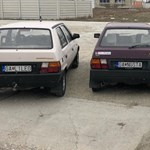 Egymás mellé parkolt a három legjobb szlovák rendszámos autó