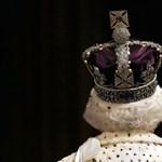 Kivételes kiállítással kedveskedik idén nyáron II. Erzsébet rezidenciája