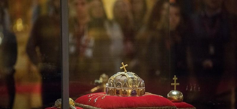 A kampányba is beleszólhat a Szent Korona-év