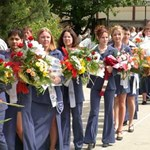 Ballagások országszerte, hétfőn kezdődnek az érettségi vizsgák