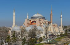 Erdogan mecsetté alakíttatja a Hagia Sophiát