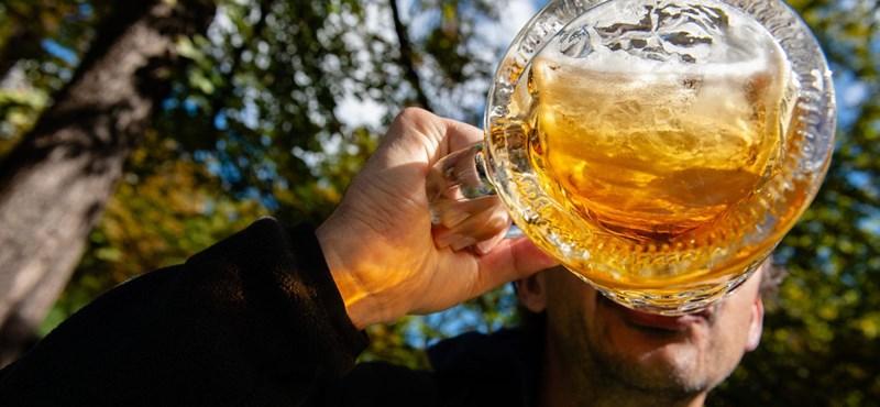 Több tízmilliárd forintos bírságot szabott ki az EU a világ legnagyobb sörgyártójára