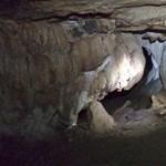 Rémálom egy thaiföldi barlangban: ifjú focistákat zárt el a víz a külvilágtól