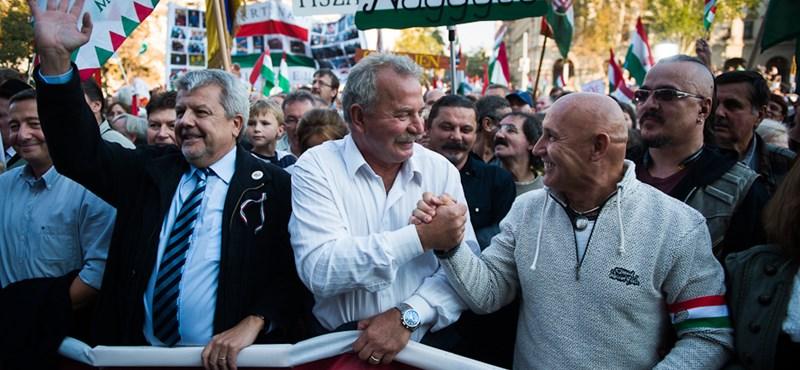 Orbán győzött a számháborúban, de a csapból Bajnai folyik