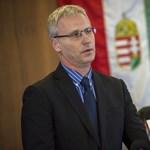 """Soltész Miklós: """"nemet mondunk a nemzetközi emberkereskedelemre"""""""