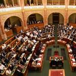 A vészhelyzet meghosszabbítása lesz a téma a parlamentben