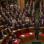 A Szilit és Baloghot jelölő MSZP nem akar pártkatona államfőt