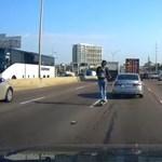 Autópályán villanyrollerezett egy férfi - videó