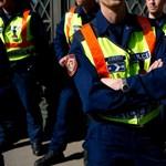 Kiverte a biztosítékot Pintér ötlete: rendőrök nevelnének az iskolákban