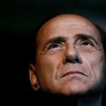 Berlusconi lemond