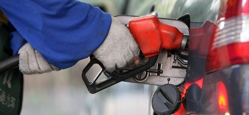 Utolérte a benzin átlagára a dízelét, mától megint drágább a tankolás