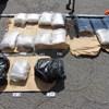 24 kiló marihuanával bukott le egy kamionos Tompánál