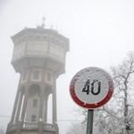 15 fokot zuhant a hőmérséklet, havazás is jöhet