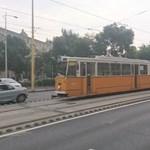 Baleset miatt állnak a villamosok a Déli és a Széll Kálmán tér között