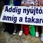 Ismét végigsöpörhet a devizahitelezés Kelet-Európán
