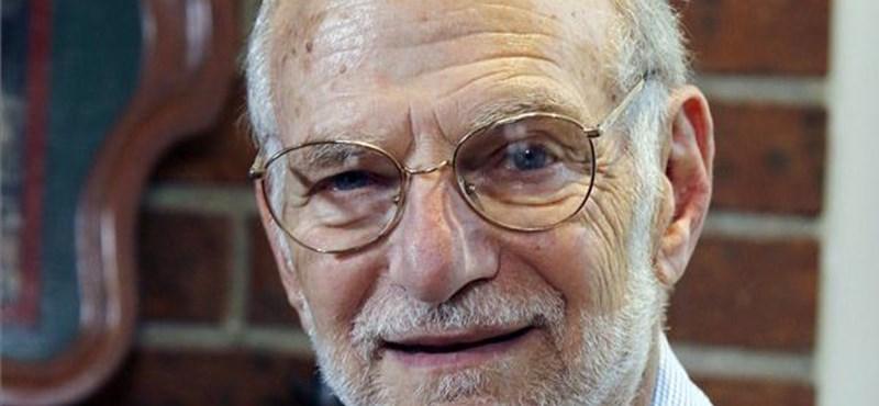 """""""Itt ülök pizsamában"""" - így tudta meg, hogy Nobel-díjat kap"""