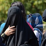 Dúró Dóra megtiltaná Magyarországon a burkaviselést