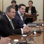 Újabb megszorító csomagot hoztak a görögökre