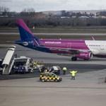 Lefejelt egy rendőrt is a Wizz Air-gépen verekedő lett