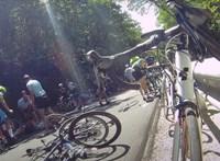 """""""Aki kevésbé vérzett, rohant ahhoz, aki mozdulni se tudott"""" – a tömegbaleset után vizsgálatot indít a kerékpáros szövetség"""