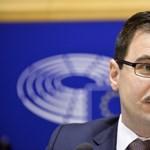 """Udvari jogászból """"emberi jogi szakértő"""" – így """"tájékoztatja"""" a külföldet a Fidesz"""