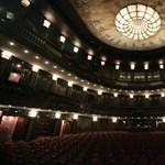 Élő online bemutatókat tart a Madách Színház